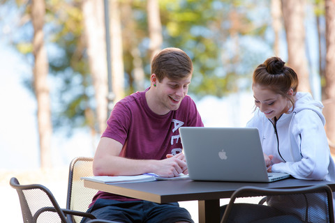 Students studying outdoors at Nicolet College